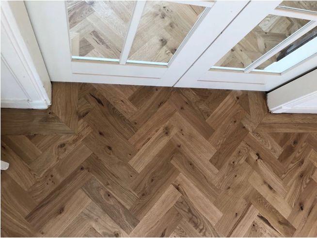 Wat kosten het leggen van een houten vloer werkspot