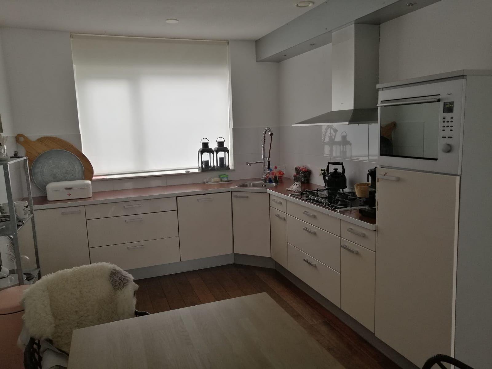 Keuken Renovatie 8 M2 Keukendeuren Opnieuw Lamineren Vervangen Werkspot